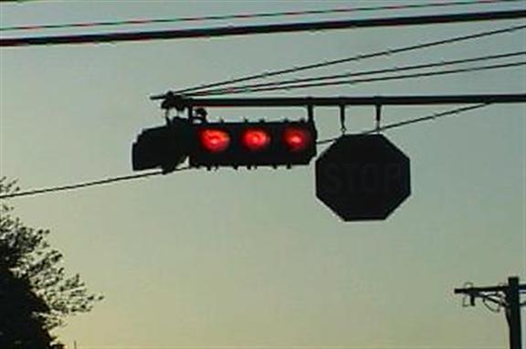 Triple red light signal head